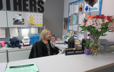 Sandee bids farewell
