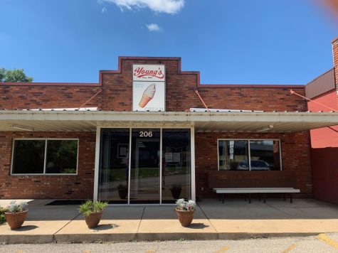 The front of Youngs Restaurant and Ice Creamery on Meramec Station Road in Valley Park.